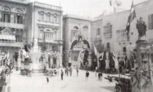 L-Ark li żżanżan fil-festa tal-1890